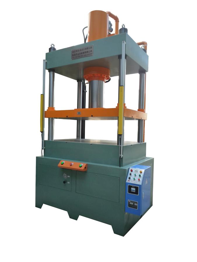 大台麵油壓機、四柱油壓機、四柱液壓機KTQ-160TS-W.jpg